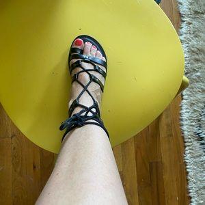 Women's size 5 gladiator sandle